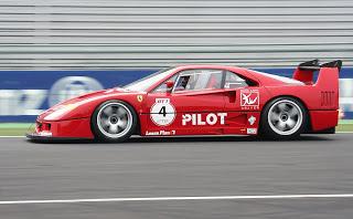 Ferrari F40 LM -Leyendas de la Competición