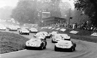 Tres grandes del automovilismo: Ferrari 250 LM, Shelby Cobra Daytona y Ford GT 40